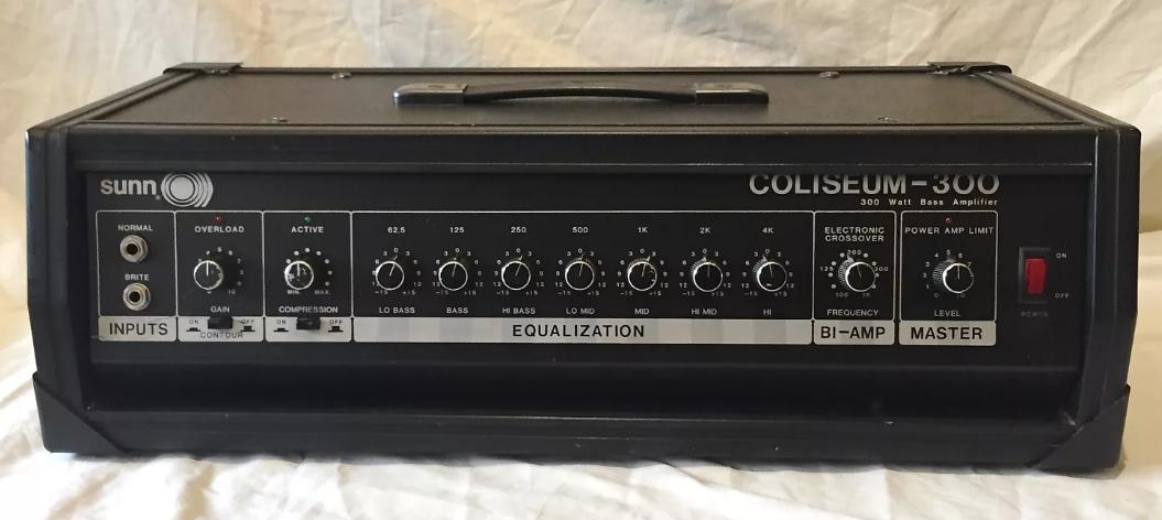 Del Sol 300, the Helix model of a Sunn® Coliseum 300